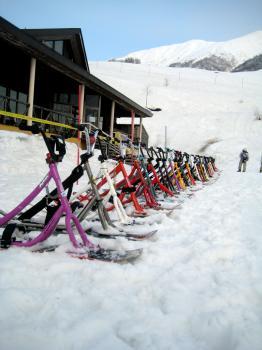 43台の雪上自転車は圧巻