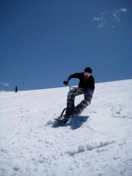 HAYASHIDAN'S SNOWSCOOT RIDING
